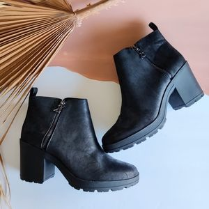 NEW Parker & Sky Blackout Chunky Ankle Booties